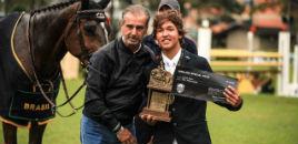 4317:Estudante do 8º ano conquista prêmio no hipismo