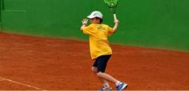 4474:Estudante participa de Torneio Sul-americano de Tênis