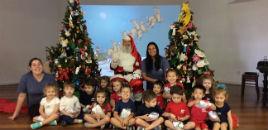4152:Papai Noel visita as crianças da Educação Infantil