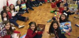 - Estudantes do 2º ano participam de amigo secreto do livro