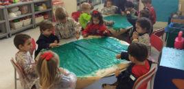 4150:Crianças do Nível 2D confeccionam árvore de recordações