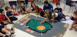 4231:Crianças do Nível 5E criam mapa turístico da minicidade