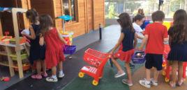 4289:Crianças trabalham o sistema monetário na Minicidade