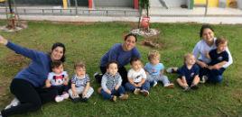 4046:Crianças do Berçário visitam o recanto dos bichinhos