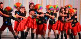 4131:Encerramento do 1º ano relembra as brincadeiras infantis