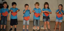 4157:Crianças do Nível 3 apresentam sucessos musicais