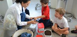 4079:Crianças do Nível 3B produzem composteiras