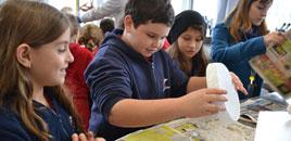 2635 - Estudantes do 3� ano produzem papel semente