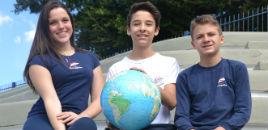 3607:Da escola para o mundo é o tema da Revista Farroupilha