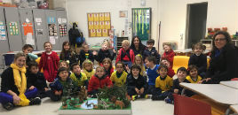 4438:Crianças do N4E têm aula de biologia com avó de colega