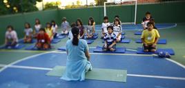 - Yoga nas escolas pode ajudar na concentração dos alunos