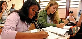 1189:23,5% dos jovens afirmam ter desistido de ser professor