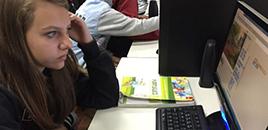 1165:Estudantes são 'felizes' e estão entre os que mais usam internet fora da escola