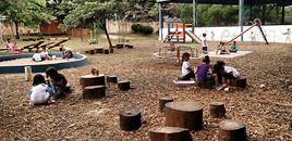- Uma escola onde as crianças que decidem