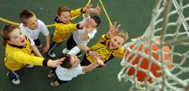 - Esportes ajudam na integração e autoestima em classe